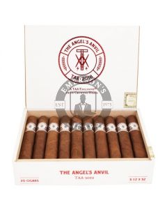 The Angel's Anvil 2018 by Crowned Heads Box 20