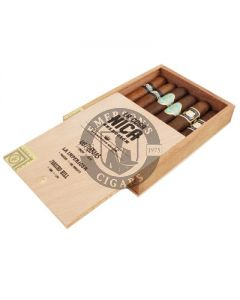 La Cosa Nica Seleccion 6 Cigar Sampler