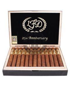 La Flor Dominicana 25th Anniversary Box 25
