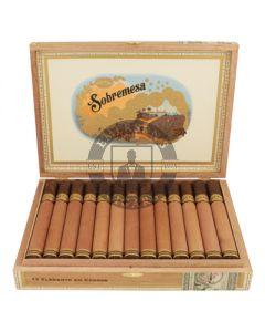 Sobremesa Elegante en Cedros 4 Cigars